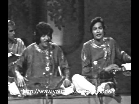 Thumari - A precious thumri by ustad amanat ali khan and ustad fateh ali khan.