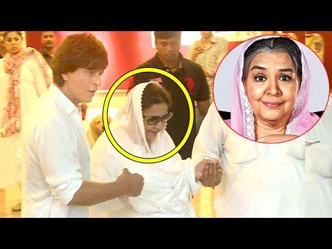 Video Shahrukh Khan Shows Respect For Kuch Kuch Hota Hai Actress Fareeda Jalal download in MP3, 3GP, MP4, WEBM, AVI, FLV January 2017