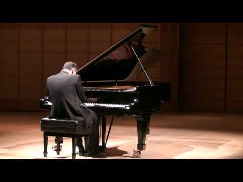 Simon Trpčeski - Joseph Haydn - Sonate C minor Mov 3