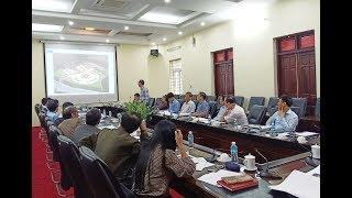 Nghe báo cáo phương án kiến trúc dự án tôn tạo Di tích lưu niệm sự kiện Bác Hồ về thăm Uông Bí