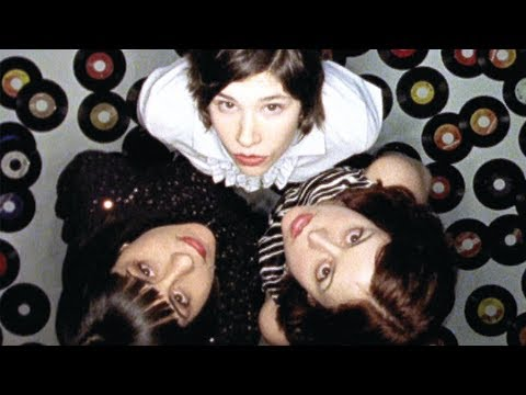 Sleater-Kinney - You're no rock n' roll fun lyrics