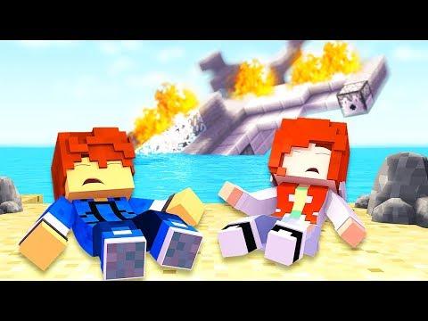 PLANE CRASH !? - Stranded Episode 1 (Minecraft Roleplay Survival)