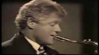 BILL CLINTON PLAYES ETHIOPIAN  TIZITA  MUSIC BY SAX.mp4
