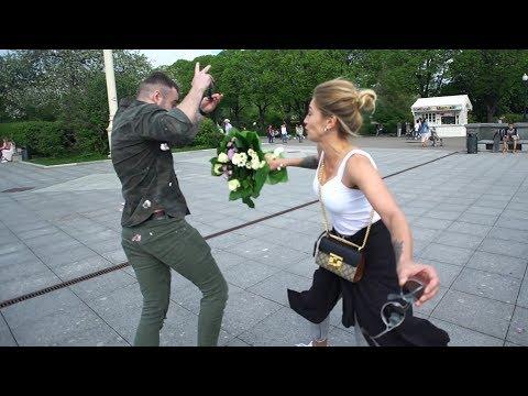 ИВЛЕЕВА ИЗБИЛА АФОНЮ. Красавицы Сосут в Парке. Стрельба на набережной (видео)