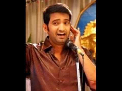 Santhanam Turn as Singer