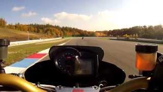 3. Aprilia Tuono 1000R Brno Cruit (Race with Speed Triple 1050)