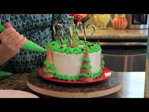Decorating Christmas Tree Cake