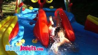 Video (VLOG) Amantine joue dans la piscine - Demo Jouets MP3, 3GP, MP4, WEBM, AVI, FLV Juli 2017