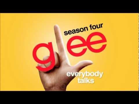 Tekst piosenki Glee Cast - Everybody Talks po polsku