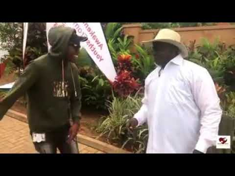 Kanye west meets with the president of Uganda officall  video