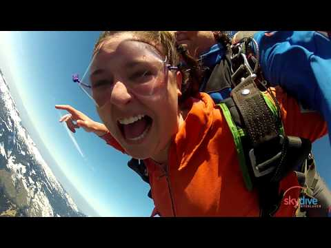 Allie Royer 8.3.2014, Skydive Interlaken