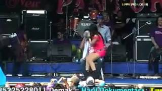 Download Video Nurma dangdut oh yes oh no MP3 3GP MP4