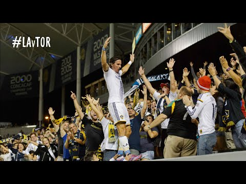 Video: GOAL: Alan Gordon finishes off Toronto with a patented last-minute goal