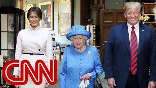 Video Queen Elizabeth II welcomes Trump to Windsor Castle MP3, 3GP, MP4, WEBM, AVI, FLV Juli 2018