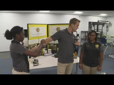 Lakewood High School is the 10News School of the Week powered by Duke Energy Florida