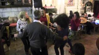 Didim Meandros Restaurant'ta gece eğlencesinde Altınkum'un Tanınmış Dansözü Asena geceye ayrı bir re