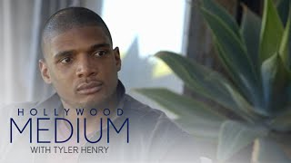 Video Michael Sam Enlists Tyler Henry to Search for Brother | Hollywood Medium with Tyler Henry | E! MP3, 3GP, MP4, WEBM, AVI, FLV Juli 2018