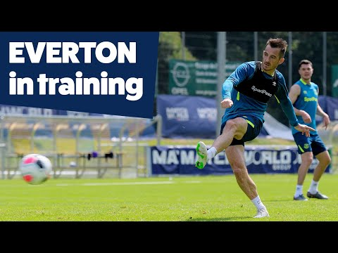 Video: SHOTS + SAVES = FINISHING PRACTICE! | EVERTON IN TRAINING IN SWITZERLAND