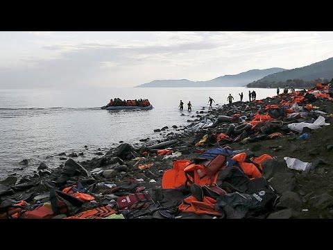 Λέσβος: 370.000 μετανάστες και πρόσφυγες αποβιβάστηκαν στο νησί από την αρχή του 2015