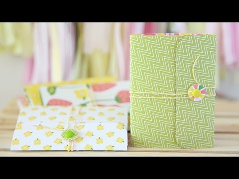 Journal - Check out http://lawnfawn.com to see our products, more ideas and inspiration! In this video Lawn Fawn friend Nicole shows us how to make cute mini journals!...