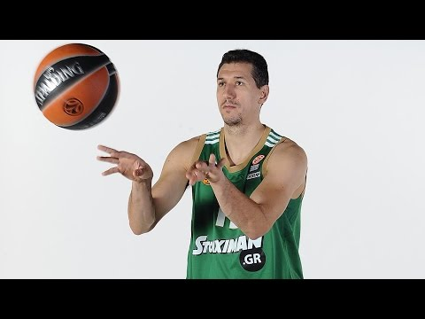 Milestone: 1,000th assist for Dimitris Diamantidis!