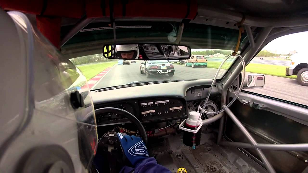 Stint 1 – The 24 Hours of LeMons – The Real Hoopties of New Jersey 2014