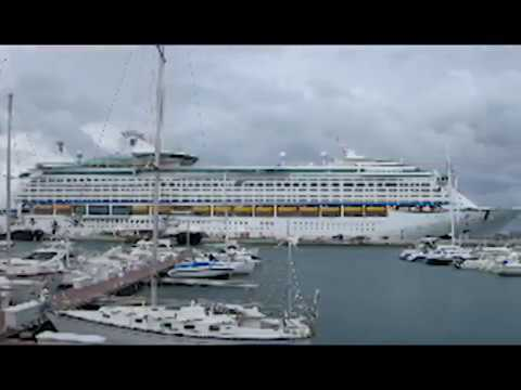 ship - On September 14, 2012 the Norwegian Star and the Royal Caribbean Explorer of the Seas cruise ships were moored stern-to-stern at the Royal Dockyard in Bermud...