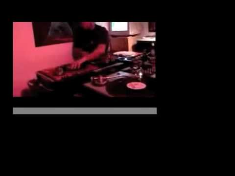 Mister Rourke & DJ Axel Foley - Robot