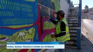 Artista plástico cria mural retratando os moradores e a produção agrícola de Piedade