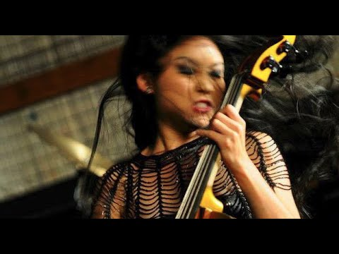 Tina Guo - Queen Bee (Uncensored) (HD 720p)