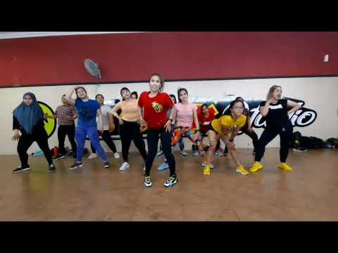 BOOM BOOM TIKTOK | VIRAL | ZUMBA | DANCE | FITNES | LELY HERLY