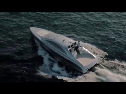 Innovative yacht in Mercedes-Benz Style with revolutionary decking