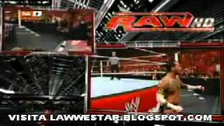 WWE MONDAY NIGHT RAW 30/5/11 REY MYSTERIO VS CM PUNK EN ESPAÑOL