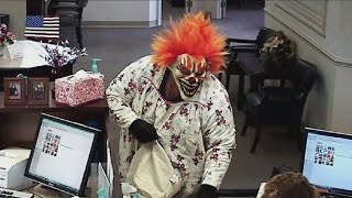 Video Top 10 Most Insane Bank Heists MP3, 3GP, MP4, WEBM, AVI, FLV November 2018