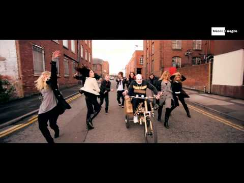 Polluted Mindz - Ride My Beat (Chuckie Radio Edit) Official Video (Suscribite)