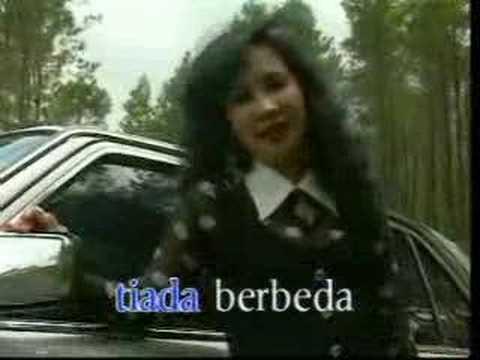 Download Lagu Sepanjang Jalan Kenangan - Tetty Kadi Music Video