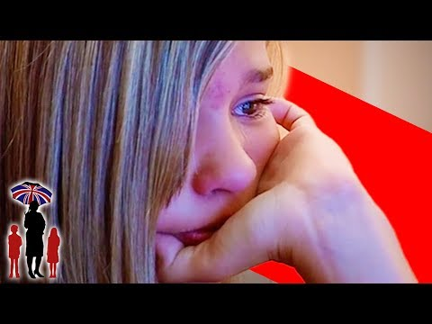 11 Year Old Chatting To Older Boys On The Internet | Supernanny