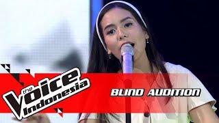 Video Nabila - Pelangi Di matamu | Blind Auditions | The Voice Indonesia GTV 2018 MP3, 3GP, MP4, WEBM, AVI, FLV Mei 2019
