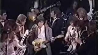 Video George Harrison, Ringo Starr, Mick Jagger, Bruce Springsteen, Billy Joel, Jeff beck, Bob Dylan, John Fogerty     I Saw her standing there ,  Rock' n Roll Hall of Fame, Waldorf Astoria Hotel, New York 1988 MP3, 3GP, MP4, WEBM, AVI, FLV Mei 2017