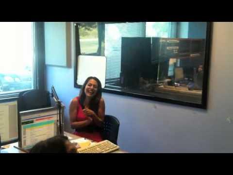 Playboy Playmate Raquel Pomplun PRANK!!!! – Intern David Channel 933