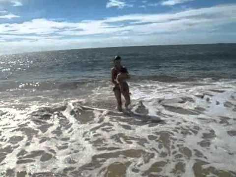 Primeiro banho de mar