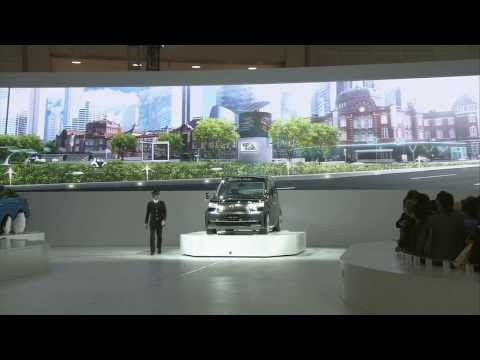 Toyota Tokyo - Subscribe for more car videos: http://bit.ly/AutoMotoTV Toyota JPN TAXI DEMONSTRATION AT THE 2013 TOKYO MOTOR SHOW | AutoMotoTV Follow us @AutoMotoTV - http:...