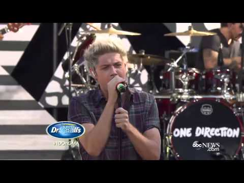 One Direction - Drag me down   Live Performance