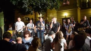Video Band-a-SKA - Radia šílený (LIVE Divadelní festival Hradec Králov