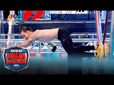 American Ninja Warrior - Crashing the Course: National Finals Week 3 (Digital Exclusive)