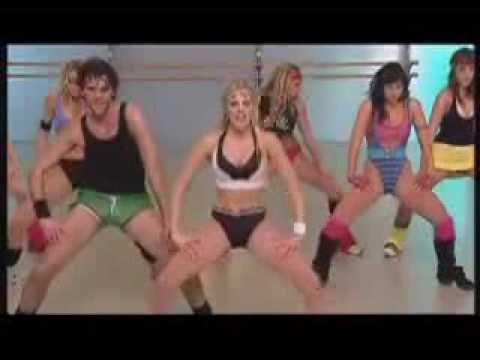 Chicas ejercitándose en el Gym