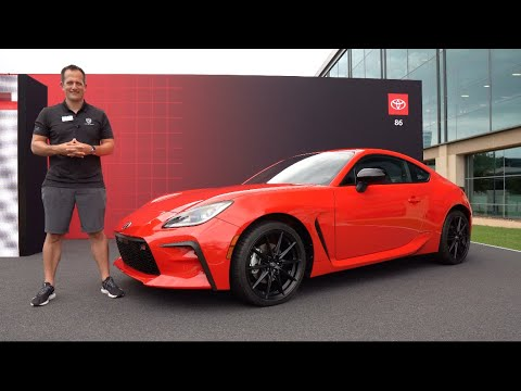 Is the NEW 2022 Toyota GR 86 a sports car worth the price?