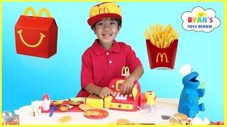 Video McDonald's Happy Meal Toy Pretend Play Food! Cash Register Hamburger Maker French Fries Shake MP3, 3GP, MP4, WEBM, AVI, FLV Mei 2017