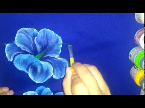 Pintar em tecido colorido
