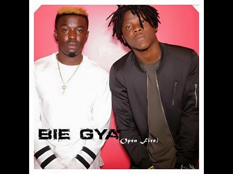 Criss Waddle, Stonebwoy, Beats Dakay & Selassie - Bie Gya (Open Fire) [Studio session]